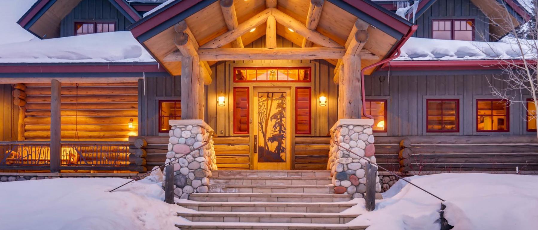 Ski Lynx Lodge